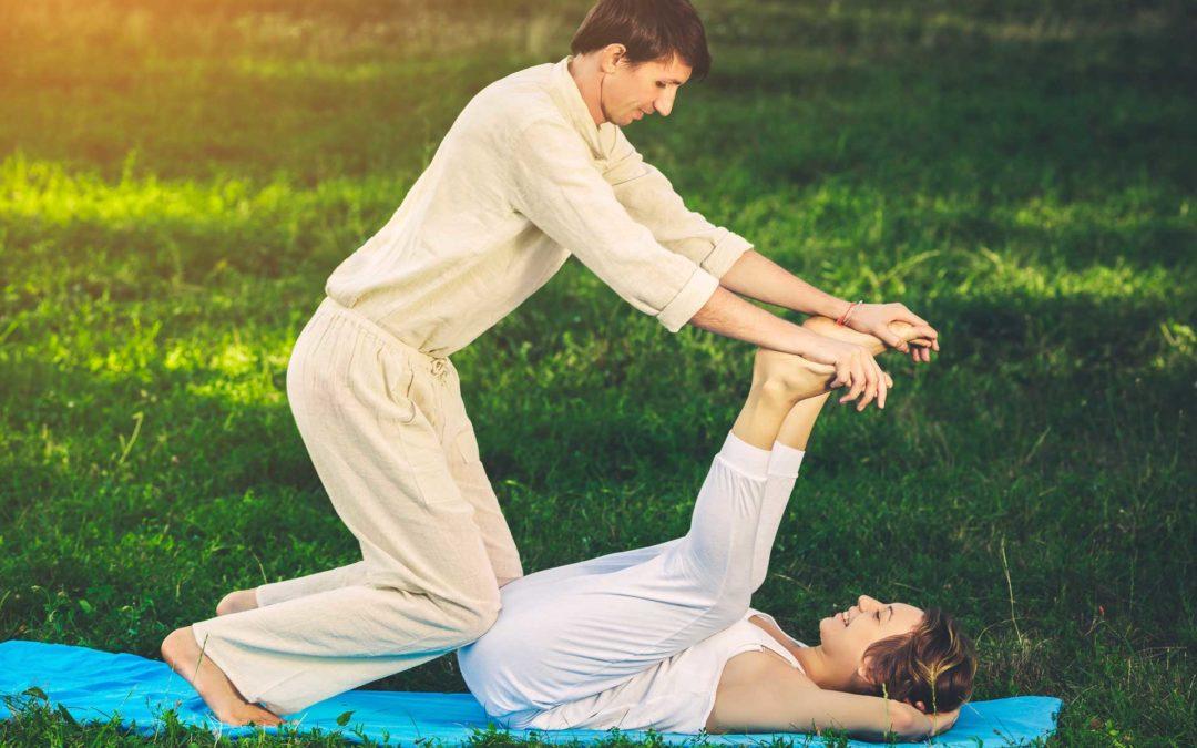 Pensez au Yoga à deux… Avec un souffle.